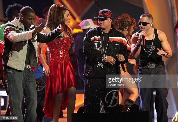 Hector El Father Medley Ivy Queen perform onstage at the 7th Annual Latin Grammy Awards at Madison Square Garden November 2 2006 in New York City