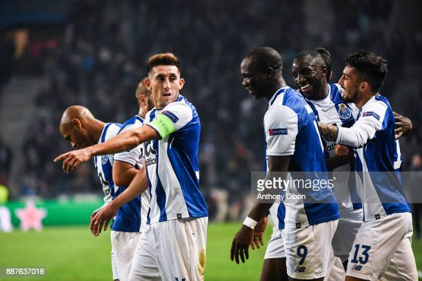 Hector Herrera and Vincent Aboubakar of Porto during the Uefa Champions League match between Fc Porto and As Monaco at Estadio do Dragao on December...