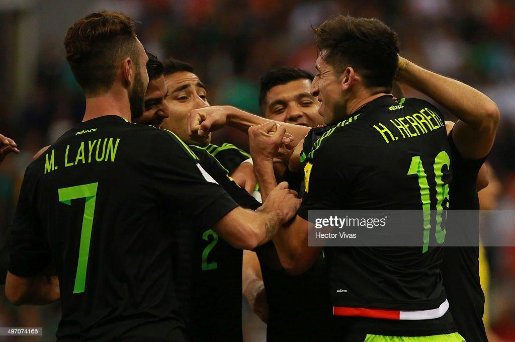 Mexico v El Salvador - FIFA 2018 World Cup Qualifiers : News Photo
