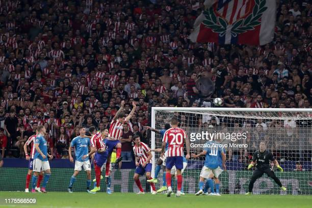 Hector Herrera of Atletico Madrid scores his sides second goal during the UEFA Champions League group D match between Atletico Madrid and Juventus at...