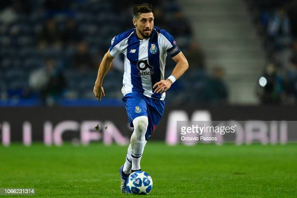 Hector Herrera of FC Porto in action during the Group D match of the UEFA Champions League between FC Porto and FC Schalke 04 at Estadio do Dragao on...