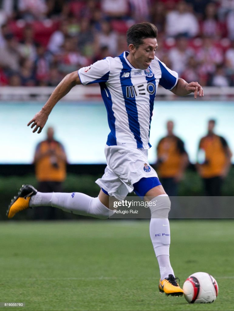 Hector Herrera of Porto drives the ball during the friendly match between Chivas and Porto at Chivas Stadium on July 19, 2017 in Zapopan, Mexico.