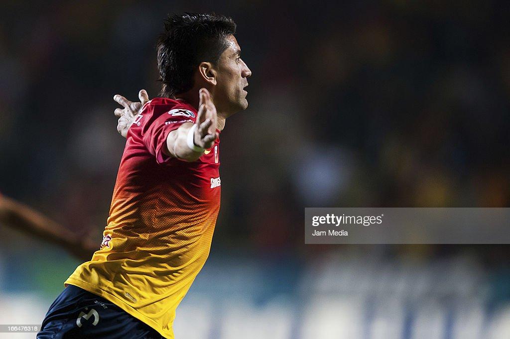 Santos v Toluca - Clausura 2013 Liga MX