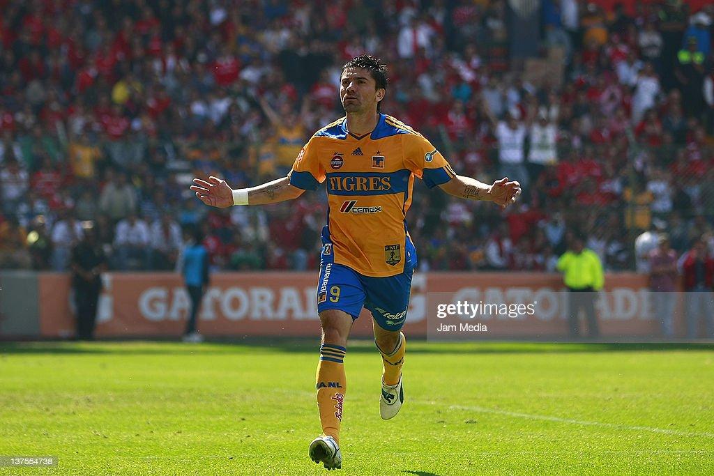 Toluca v Tigres - Clausura 2012
