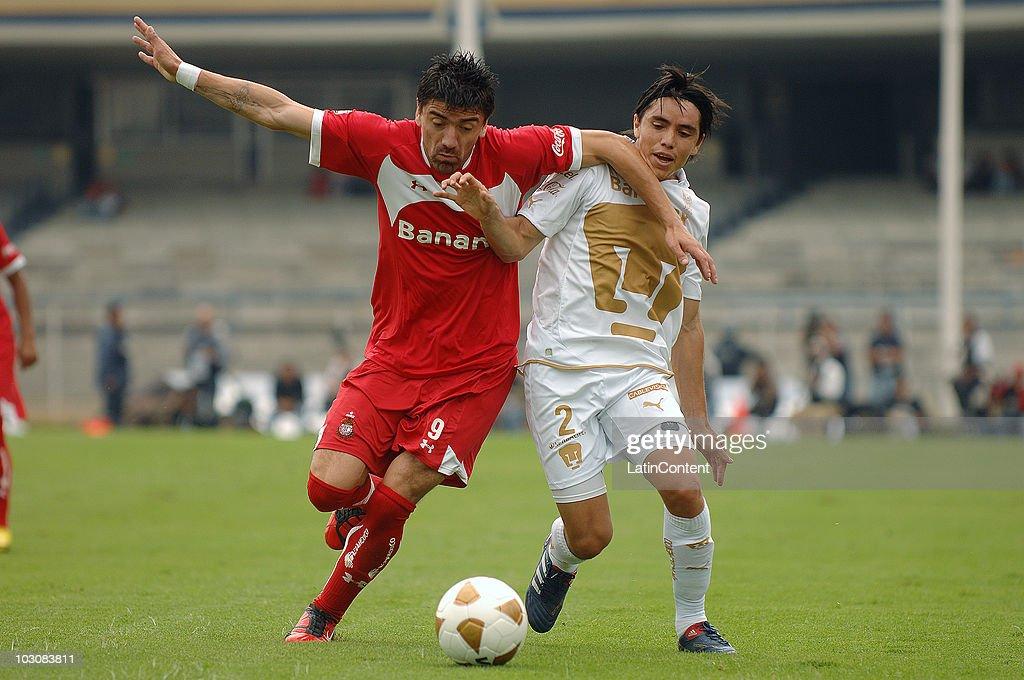 Pumas UNAM v Toluca - Apertura 2010