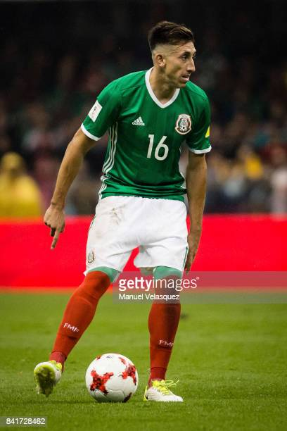 Hector Miguel Herrera of Mexicocontrols the ball during the match between Mexico and Panama as part of the FIFA 2018 World Cup Qualifiers at Estadio...