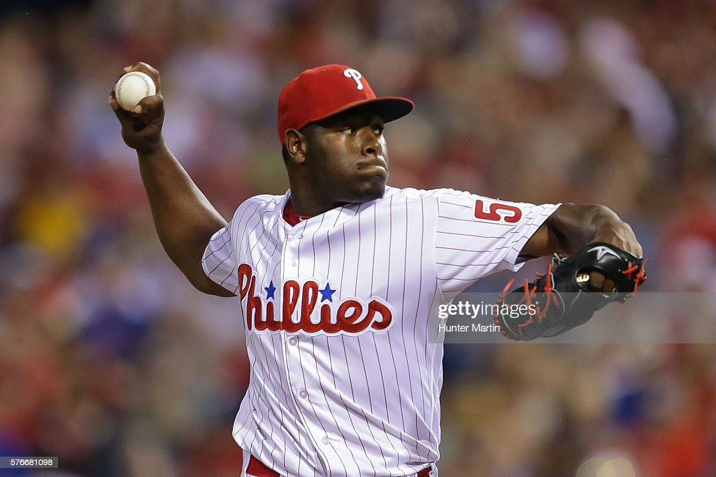 Hector Neris #50 of the Philadelphia Phillies throws a pitch in the eighth inning during a game against the New York Mets at Citizens Bank Park on July 16, 2016 in Philadelphia, Pennsylvania. The Phillies won 4-2.