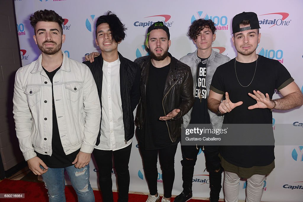Hector Rodriguez, Ismael Cano, Tomas Slemenson, Matt Rey, and Juan Pablo Casillas of the band Los 5 attend the Y100's Jingle Ball 2016 - PRESS ROOM at BB&T Center on December 18, 2016 in Sunrise, Florida.