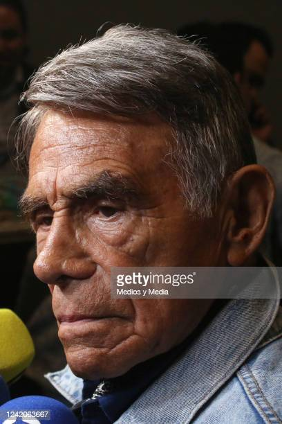 Hector Suarez listens to the questions from the press during the red carpet of 'Santa Claus El Musical' on December 12 2018 in Roberto Cantoral...