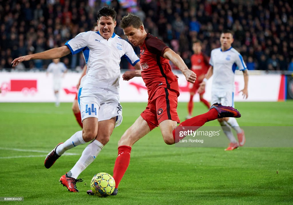 Hector Yuste of Apollon Limassol FC and Jonas Borring of FC Midtjylland com$ the UEFA Europa League Playoff 2nd Leg match between FC Midtjylland and Apollon Limassol at MCH Arena on August 24, 2017 in Herning, Denmark.