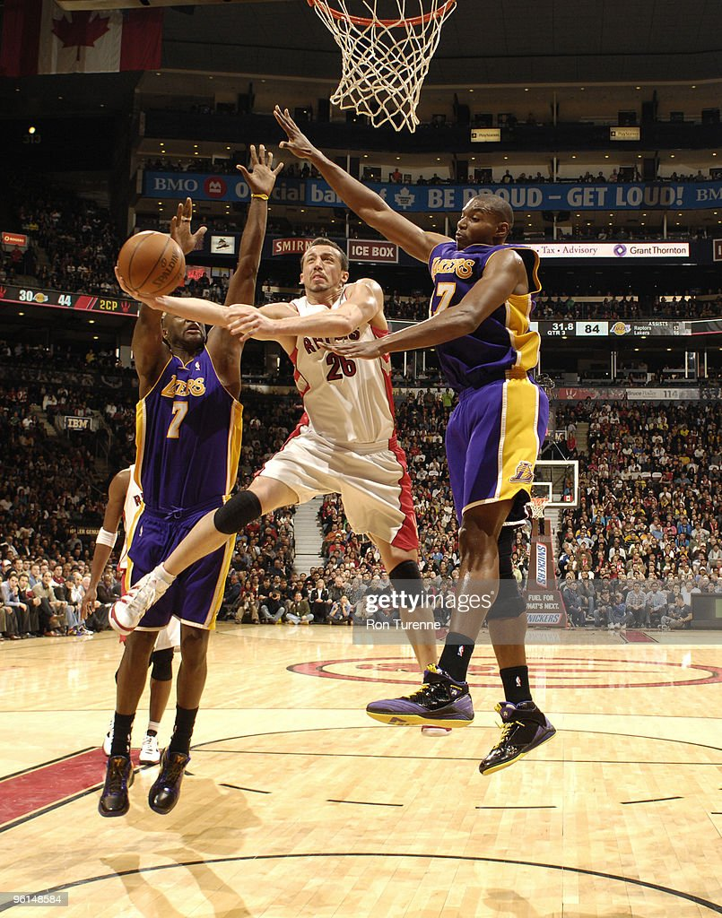 Los Angeles Lakers v Toronto Raptors