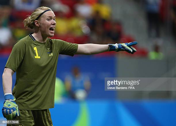 Hedvig Lindahl of Sweden shouts instruction during the Women's First Round Group E match between China PR and Sweden on Day 4 of the Rio 2016 Olympic...