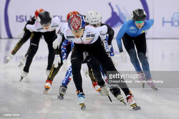 Hee Geon Kim of South Korea skates in front and won the ladies 1500 meter final A raceShaong Liu of Hungary skates in front and won the men second...