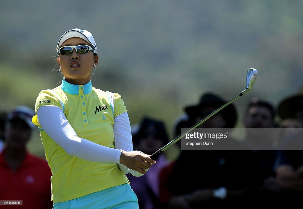 Hee Kyung Seo of South Korea watches her tee shot on the second hole during the final round of the Kia Classic Presented by J Golf at La Costa Resort and Spa on March 28, 2010 in Carlsbad, California.