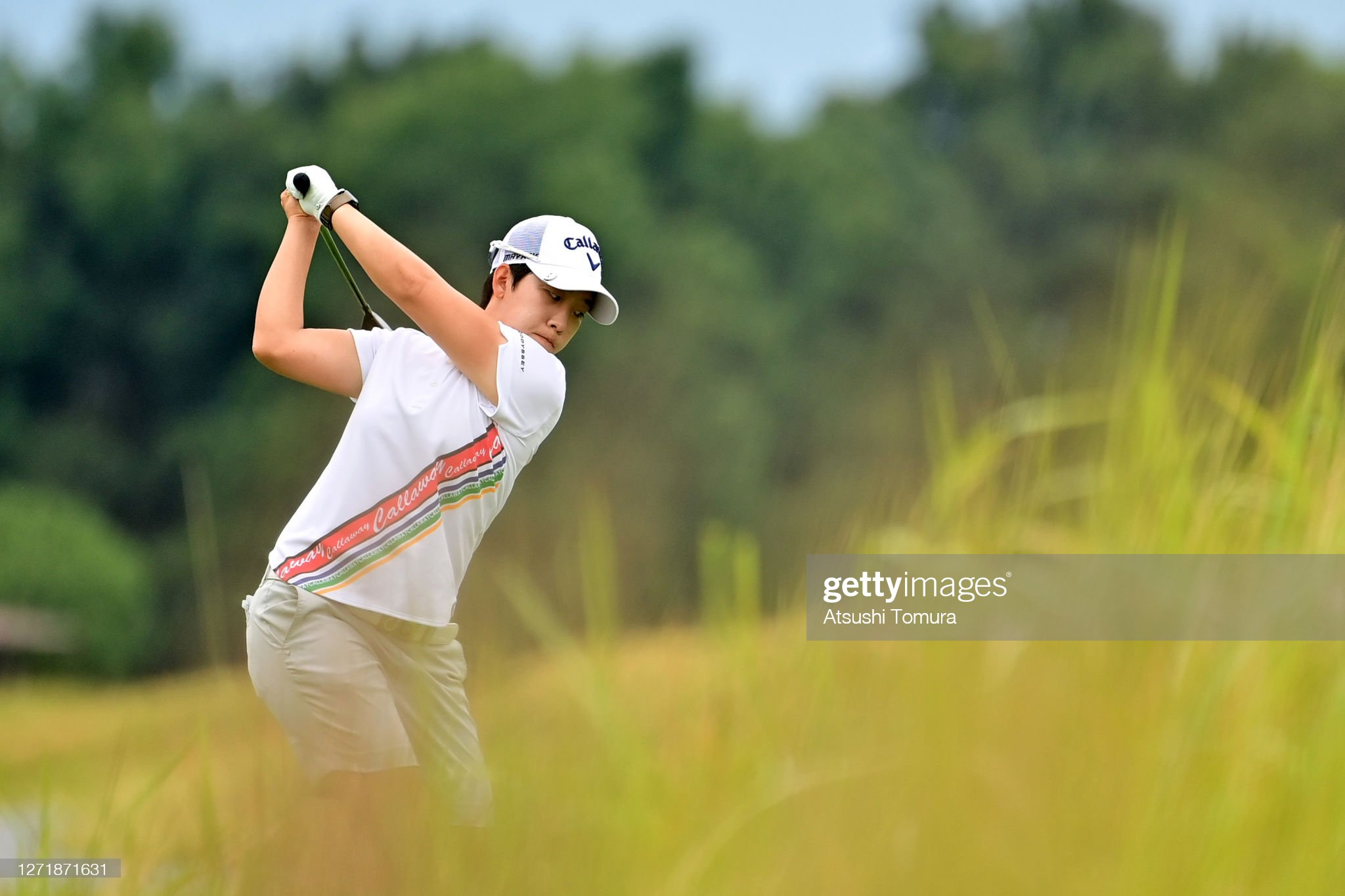 https://media.gettyimages.com/photos/heekyung-bae-of-south-korea-hits-her-tee-shot-on-the-5th-hole-during-picture-id1271871631?s=2048x2048