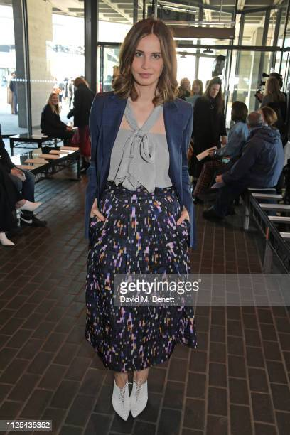 Heida Reed attends the Roland Mouret show during London Fashion Week February 2019 at The National Theatre on February 17 2019 in London England