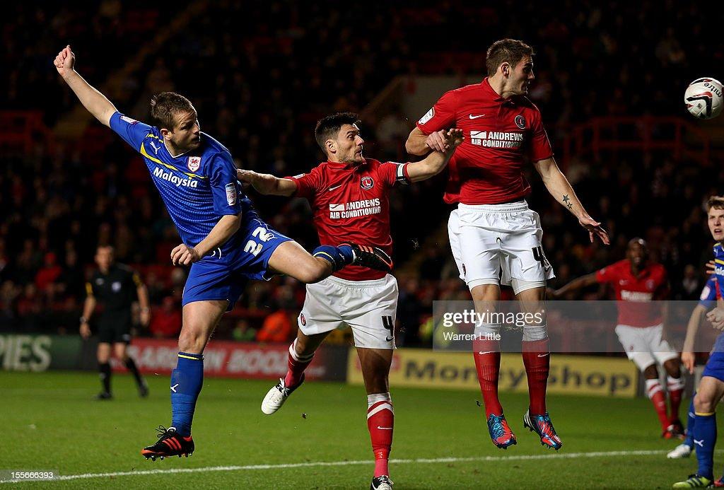 Charlton Athletic v Cardiff City - npower Championship : News Photo