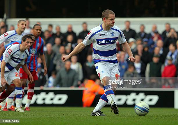 Heidar Helguson of QPR scores a penalty during the npower Championship match between Queens Park Rangers and Crystal Palace at Loftus Road on March...