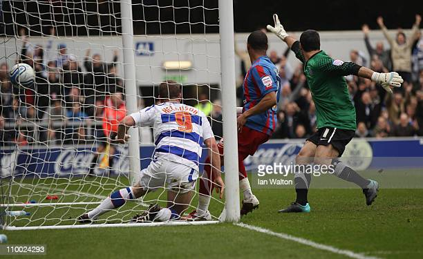 Heidar Helguson of QPR scores the first goal during the npower Championship match between Queens Park Rangers and Crystal Palace at Loftus Road on...