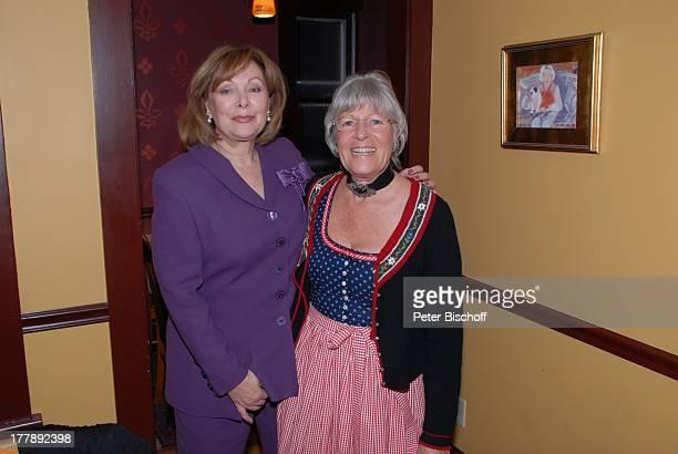 Heide Keller Karin Rauch Party zum 70 Geburtstag von Heide Keller neben den Dreharbeiten zur ZDFReihe Traumschiff Folge 62 Indian Summer Restaurant...