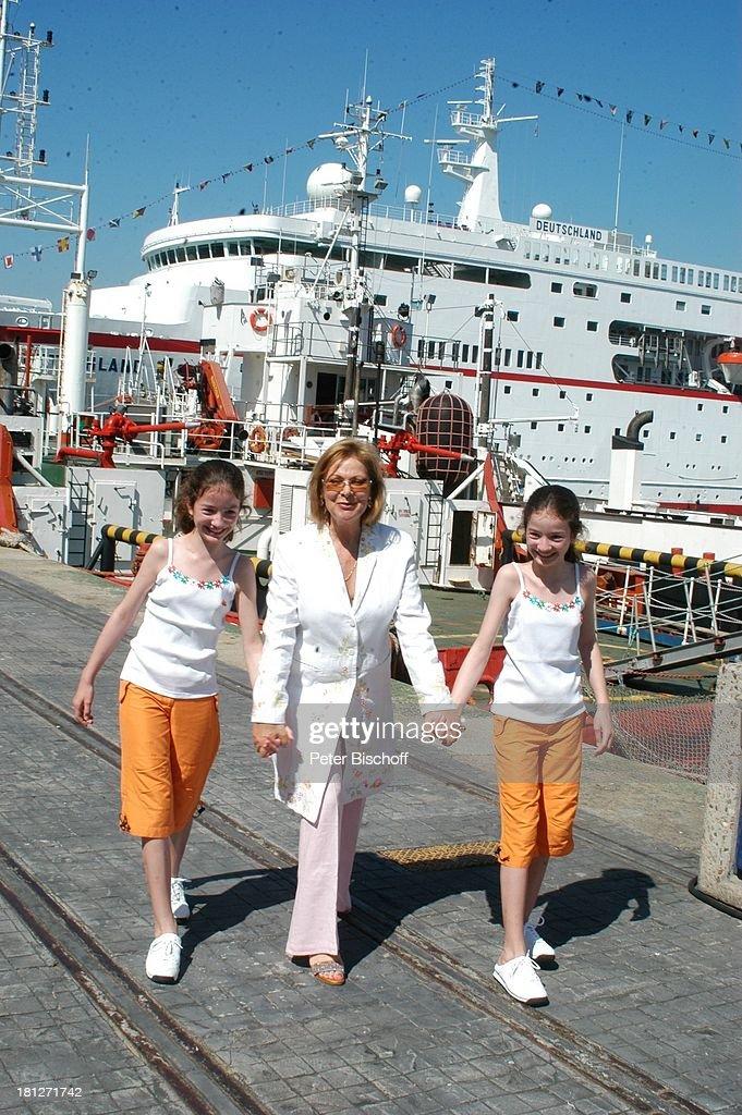 Heide Keller, Katrin Brardt, Zwillings-Schwester Wiebke Brardt,  : Foto jornalística