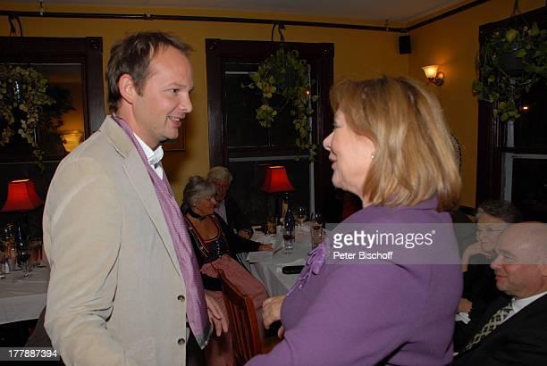 Heide Keller Manuel Schröder Party zum 70 Geburtstag von Heide Keller neben den Dreharbeiten zur ZDFReihe Traumschiff Folge 62 Indian Summer...