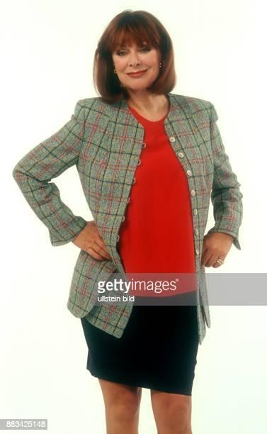 Heide Keller Schauspielerin D bei Modeaufnahmen undatiert 1982