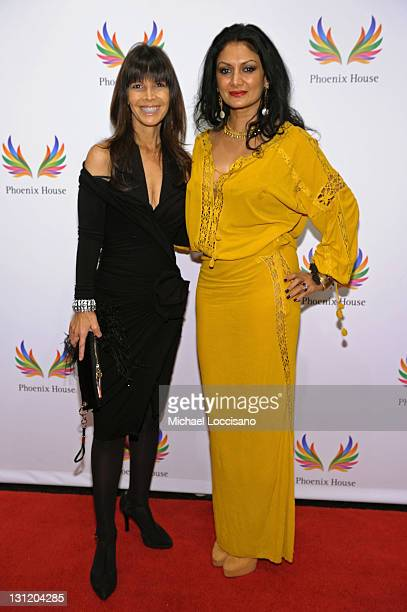 Heidi Banks and Donna D'Cruz attends the 2011 Fashion Awards Dinner to benefit Phoenix House at Pier Sixty at Chelsea Piers on November 2 2011 in New...