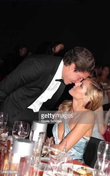 Heidi Klum and her boyfriend Vito Schnabel attend amfAR's 21st Cinema Against AIDS Gala Presented By WORLDVIEW BOLD FILMS and BVLGARI at Hotel du...