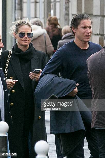 Heidi Klum and Vito Schnabel arrive at 'Musee Jacquemart Andre' on October 20 2016 in Paris France