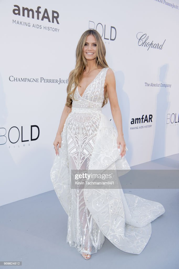 Heidi Klum arrives at the amfAR Gala Cannes 2018 at Hotel du Cap-Eden-Roc on May 17, 2018 in Cap d'Antibes, France.