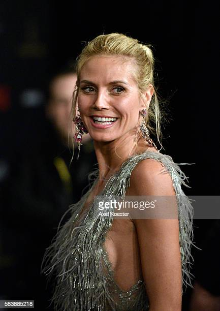 Heidi Klum arrives to The Weinstein Company and Netflix 2016 Golden Globes after party at the Beverly Hilton Hotel