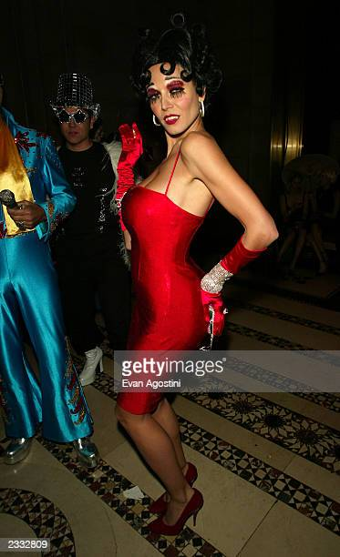 Heidi Klum as an evil Betty Boop at Dolce Gabbana's Halloween Party at Cipriani 42nd Street in New York City October 31 2002 Photo by Evan...