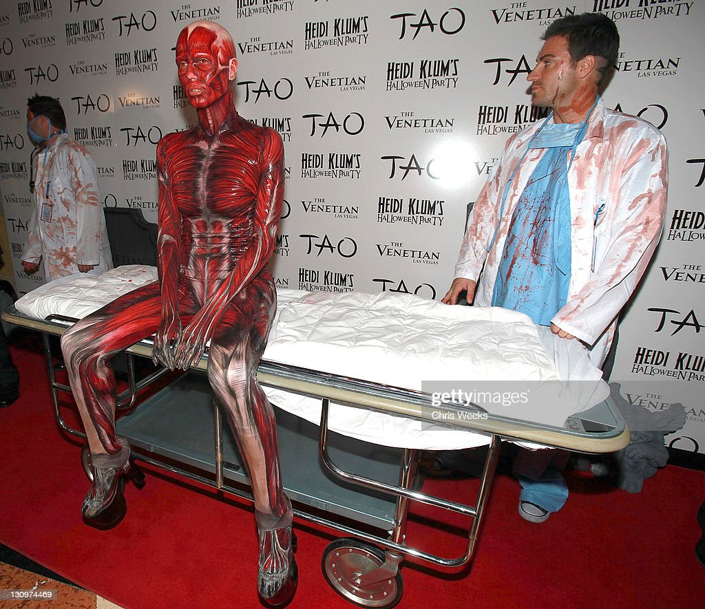 Heidi Klum attends her 12th Annual Halloween Party at TAO Nightclub at the Venetian on October 29, 2011 in Las Vegas, Nevada.