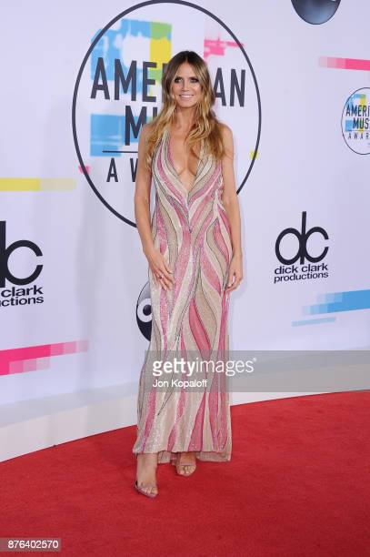 Heidi Klum attends the 2017 American Music Awards at Microsoft Theater on November 19 2017 in Los Angeles California
