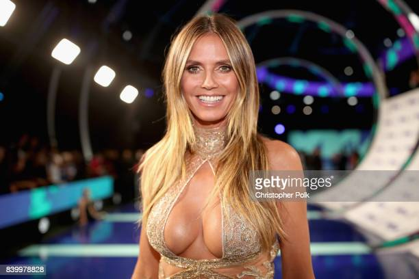 Heidi Klum attends the 2017 MTV Video Music Awards at The Forum on August 27, 2017 in Inglewood, California.
