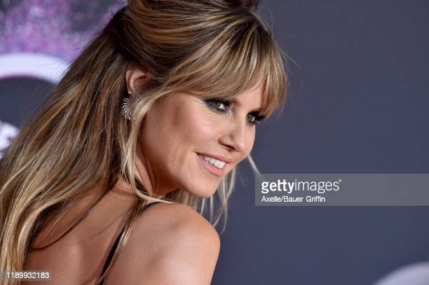 Heidi Klum attends the 2019 American Music Awards at Microsoft Theater on November 24, 2019 in Los Angeles, California.