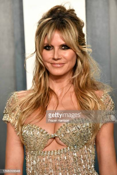 Heidi Klum attends the 2020 Vanity Fair Oscar Party hosted by Radhika Jones at Wallis Annenberg Center for the Performing Arts on February 09, 2020...