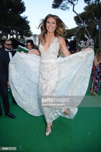Heidi Klum attends the amfAR Gala Cannes 2018 dinner at Hotel du Cap-Eden-Roc on May 17, 2018 in Cap d'Antibes, France.