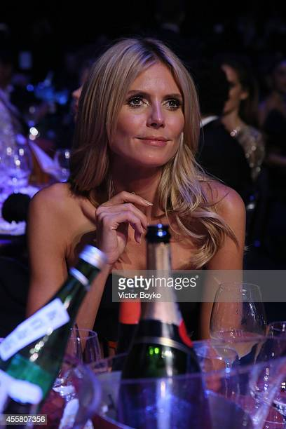 Heidi Klum attends the amfAR Milano 2014 Gala Dinner and Auction as part of Milan Fashion Week Womenswear Spring/Summer 2015 on September 20 2014 in...