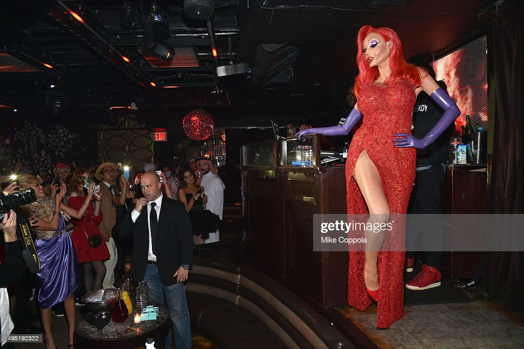Heidi Klum's 16th Annual Halloween Party sponsored by GSN's Hellevator And SVEDKA Vodka At LAVO New York - Inside : News Photo