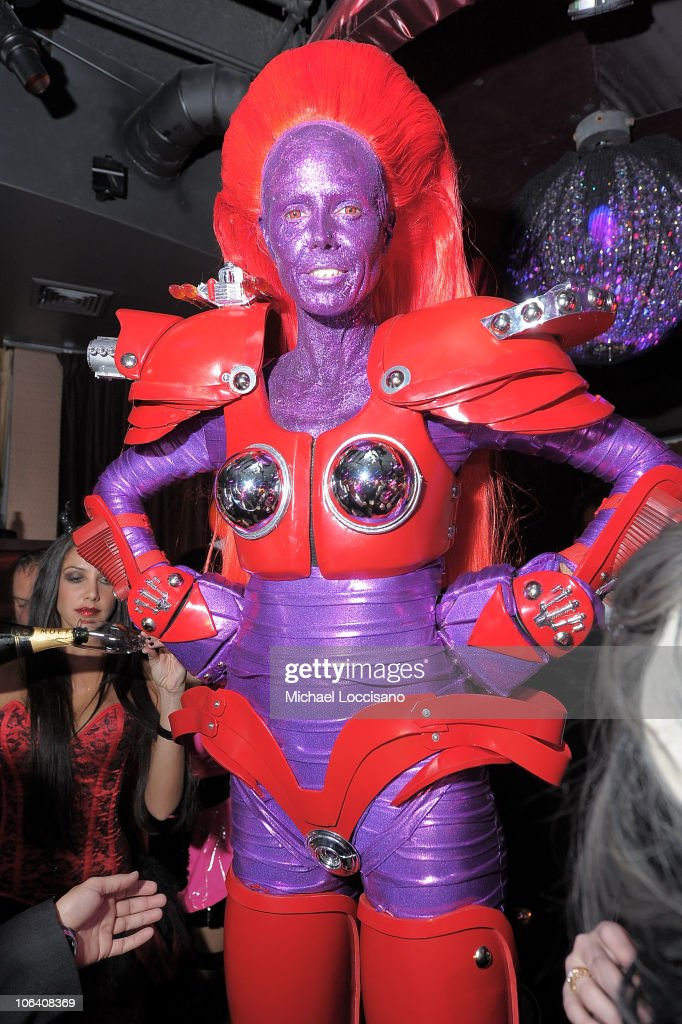 Heidi Klum attends the Heidi Klum's Halloween Party presented by AOL and Absolut Vodka at Lavo on October 31, 2010 in New York City.