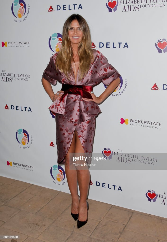 Heidi Klum attends the mothers2mothers and The Elizabeth Taylor AIDS Foundation Benefit Dinner on October 24, 2017 in Beverly Hills, California.