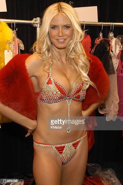 Heidi Klum in Victoria's Secret 11 milliondollar bra