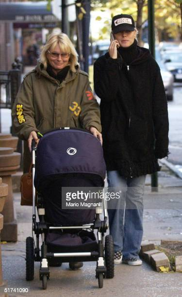 Heidi Klum leaves her apartment in the west village to go shopping in SoHo with her mother Erna and son Leni November 14 2004 in New York City