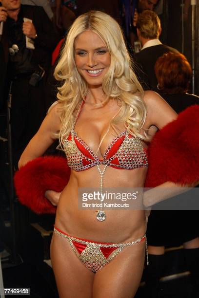 Heidi Klum models Victoria's Secret 11 milliondollar bra