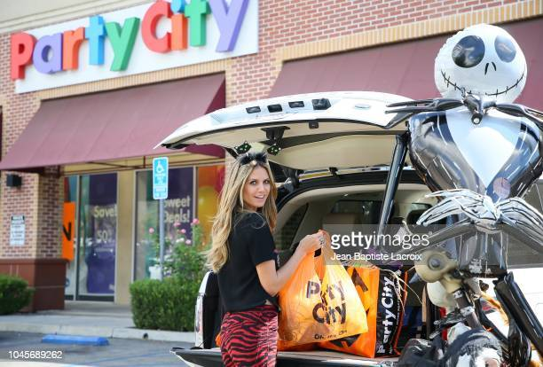 Heidi Klum shops at Party City Los Angeles on October 04 2018 in Los Angeles California