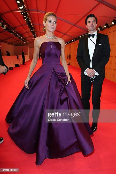 Heidi Klum wearing a dress by Zac Posen with award during at the Bambi Awards 2015 winners board at Stage Theater on November 12 2015 in Berlin...