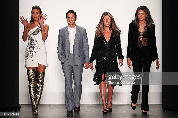 Heidi Klum Zac Posen Nina Garcia and Zendaya pose for a photo during the 15th Season of Project Runway during New York Fashion Week at The Arc...