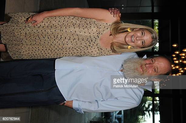 Heidi Zuckerman Jacobson and Lawrence Weiner attend AMY JOHN PHELAN host wineCRUSH for the ASPEN ART MUSEUM at Phelan Residence on July 30 2008 in...